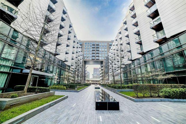 Thumbnail Flat for sale in 2 Baltimore Wharf, Canary Wharf, London