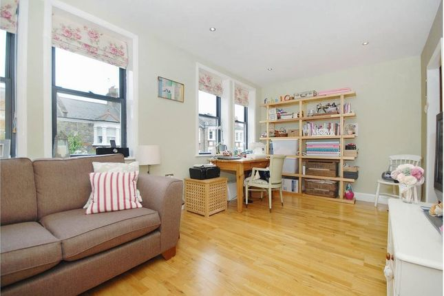 Thumbnail Flat to rent in Shanklin Road, Crouch End, London
