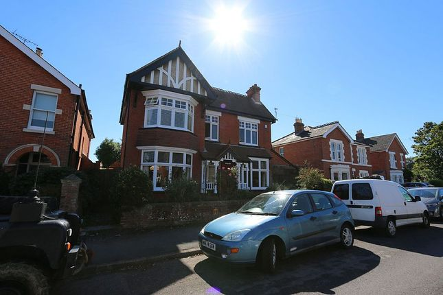 Thumbnail Detached house for sale in 16, Grove Road, Havant, Hampshire