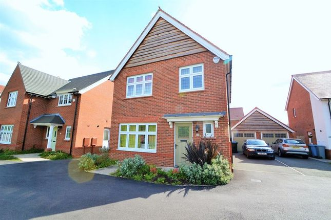 Thumbnail Property to rent in Sandiacre, West Timperley, Altrincham
