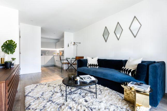 Living Room of Hornchurch Square, Farnborough GU14