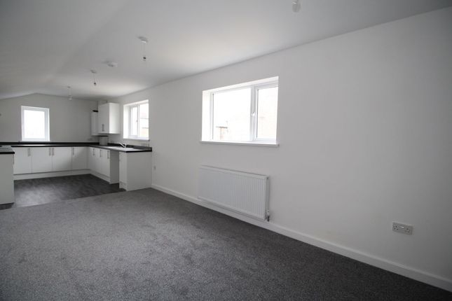 Flat to rent in Cleveland Road, Barnes, Sunderland
