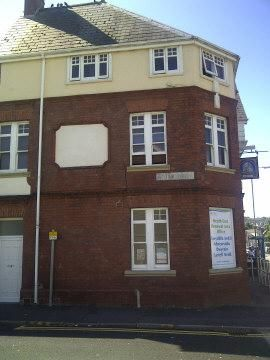 Studio to rent in London Road, Neath SA11