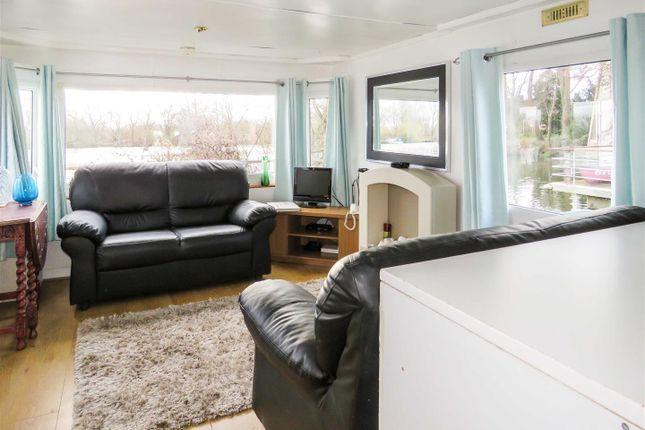 Living Area of Hartford Marina, Banks End, Wyton, Huntingdon, Cambridgeshire PE28