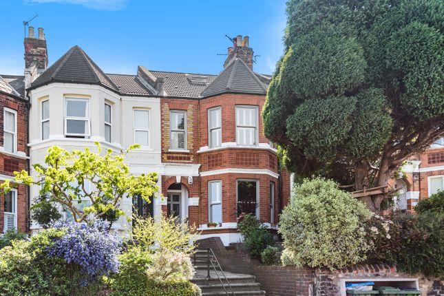 Thumbnail Flat to rent in Eglinton Hill, London