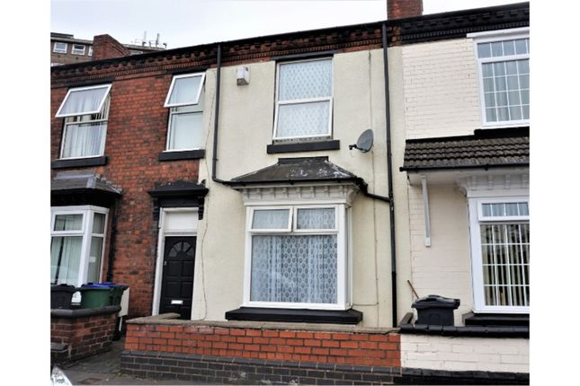 3 bed terraced house for sale in Thompson Road, Oldbury