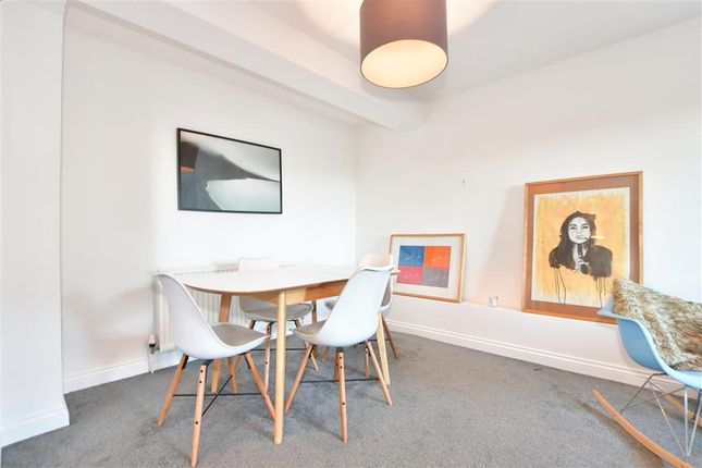2 bed flat for sale in London Road, Crowborough, East Sussex TN6