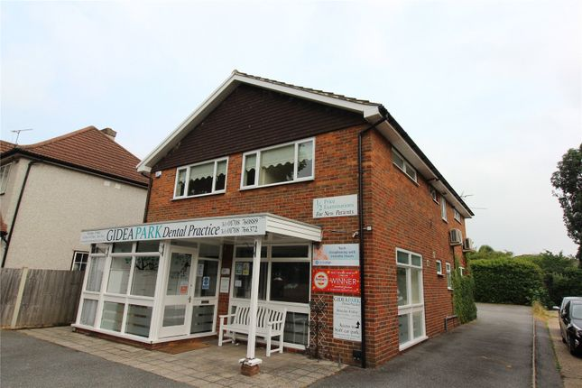 1 bed flat to rent in Main Road, Romford RM2