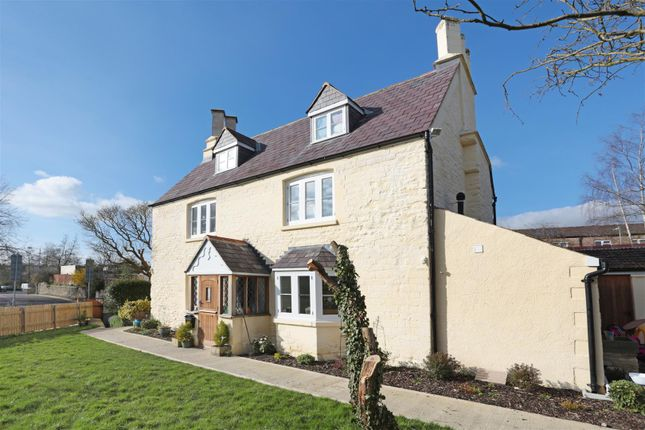 Thumbnail Property for sale in The Pippin, Calne