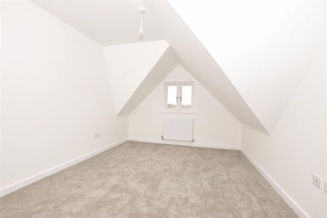 Bedroom 1 of Park View, Sturry, Canterbury, Kent CT2