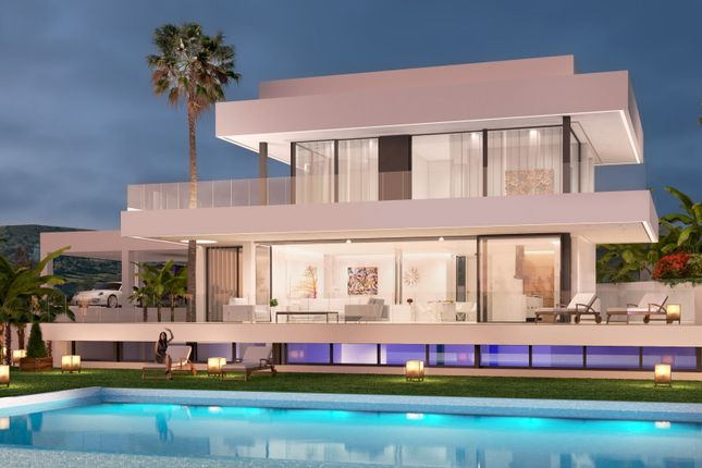 4 bed villa for sale in Nueva Andalucía, 29660 Marbella, Málaga, Spain