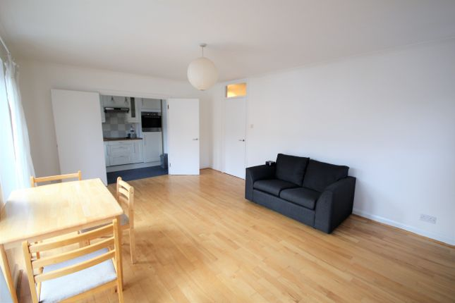Thumbnail Flat to rent in Fullers Close, Shoreditch