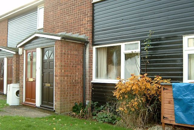 Thumbnail Maisonette to rent in Suffolk Square, Sudbury