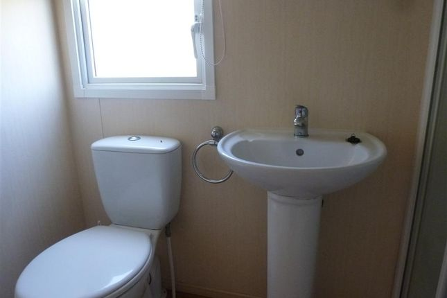 Bathroom of Reach Road, St. Margarets-At-Cliffe, Dover, Kent CT15