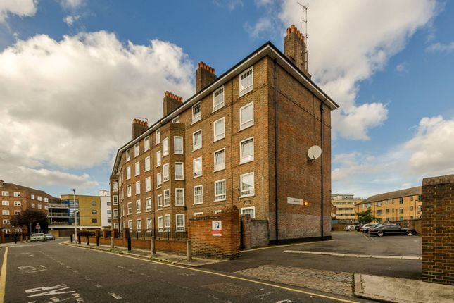 Thumbnail Flat for sale in Ada Place, Bethnal Green