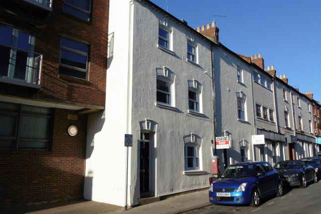 Thumbnail Terraced house to rent in Hazelwood Road, Northampton
