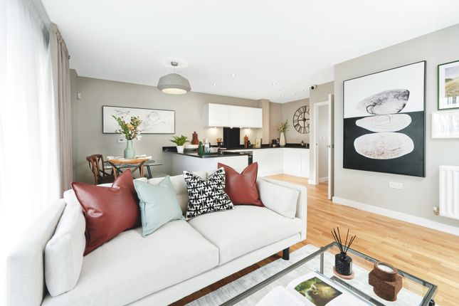 Living Room of Greenwich High Road, London SE10