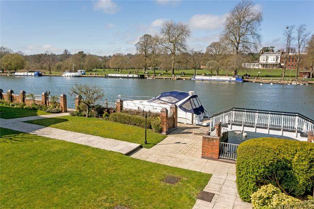 Thumbnail Terraced house for sale in Rivermead Court, Marlow Bridge Lane, Marlow, Buckinghamshire
