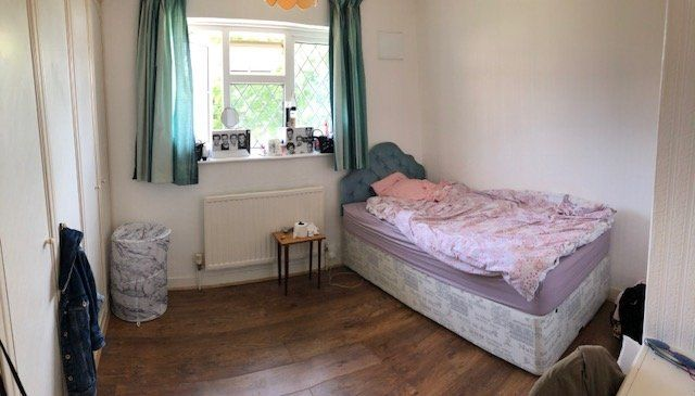 Thumbnail Room to rent in Amberley Drive, Hove