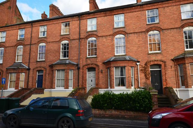 Thumbnail Flat to rent in Marlborough Road, Banbury