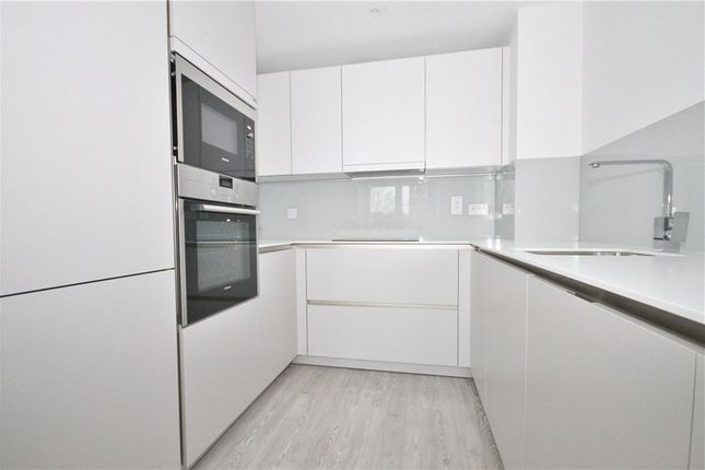 Thumbnail Flat for sale in Gaumont Place, London