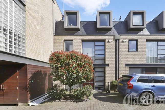 Thumbnail Property to rent in Frederick Place, Crouch End