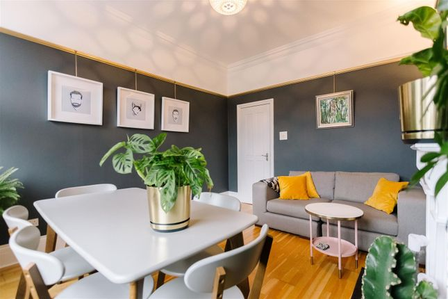 Thumbnail Flat for sale in Parkhurst Road, London