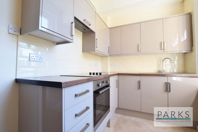 1 bed flat to rent in Church Road, Hove, East Sussex