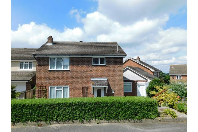 Thumbnail Detached house for sale in Springwood Road, Heathfield