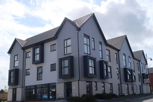 Thumbnail Flat for sale in Beacon House, Ffordd Y Mileniwm, Barry