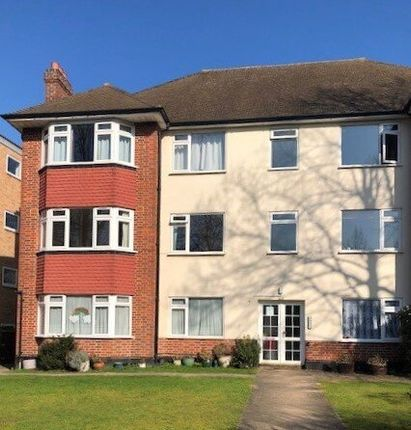 Thumbnail Flat to rent in Brackley Road, Beckenham, Beckenham