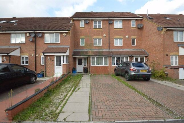 Parklands Close, Ilford, Essex IG2
