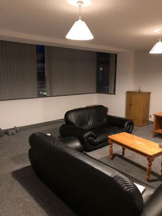 Thumbnail Flat to rent in Clifton Street, Blackpool