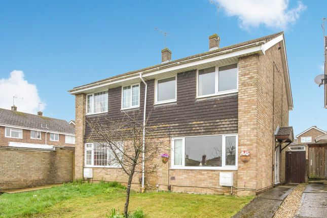 Thumbnail Semi-detached house to rent in Colwell Drive, Witney, Oxfordshire