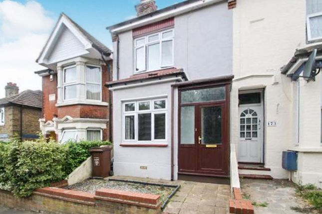 Thumbnail Terraced house to rent in Cliffe Road, Rochester