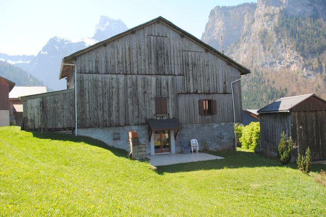 Thumbnail Farmhouse for sale in Clocher, Sixt-Fer-À-Cheval, Samoëns, Bonneville, Haute-Savoie, Rhône-Alpes, France