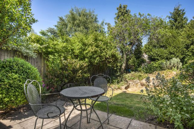 Picture No. 10 of Wren Court, 303 Limpsfield Road, Warlingham, Surrey CR6