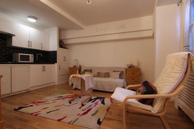 Studio to rent in Callard Close, London