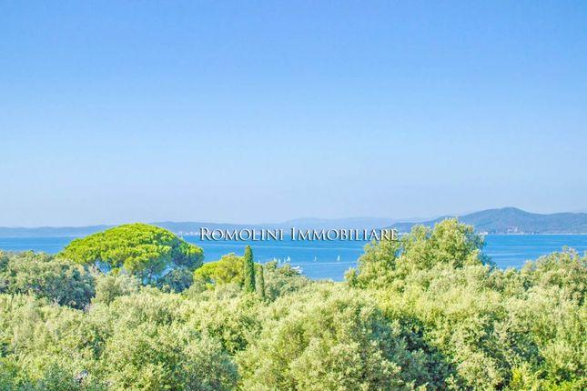 Thumbnail Villa for sale in Punta Ala, Tuscany, Italy