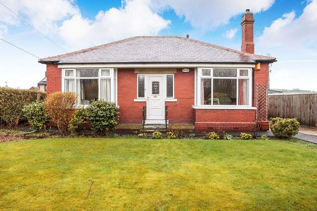 Thumbnail Bungalow for sale in Leeds Old Road, Heckmondwike