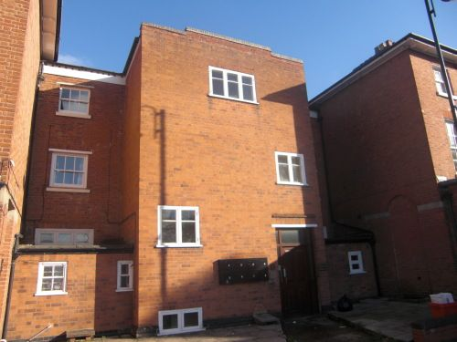 Thumbnail Flat to rent in Flat 1, 35 Clemens Street, Leamington Spa