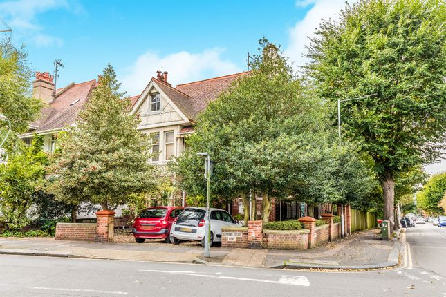 Thumbnail Detached house for sale in Davigdor Road, Hove