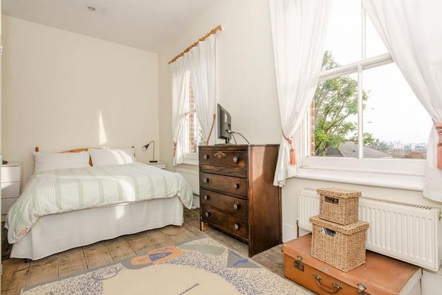 Bedroom 5 A Lr of Cheverton Road, London N19