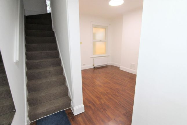 Thumbnail Terraced house to rent in Bury Road, London