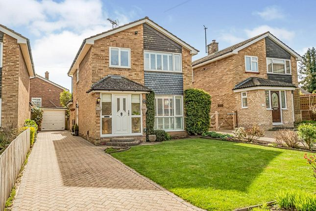 3 bed detached house for sale in St. Johns Road, Hitchin SG4