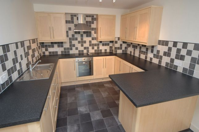 1 bed flat to rent in Biscop House, Villiers Street, Sunniside, Sunderland, Tyne & Wear SR1