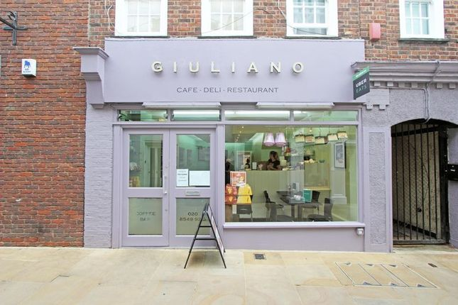Thumbnail Restaurant/cafe to let in Apple Market, Kingston Upon Thames