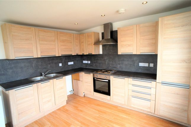 Thumbnail Flat to rent in The Terrace, Gravesend, Kent