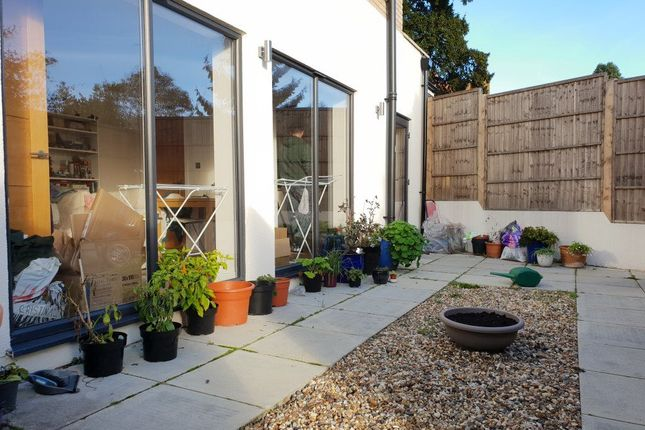 Thumbnail Property to rent in High Street, Potters Bar