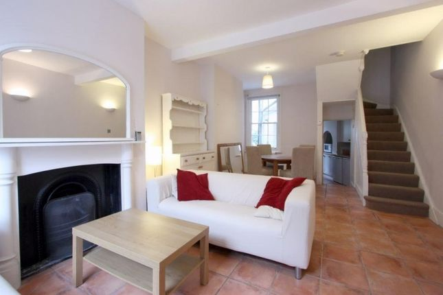 Thumbnail End terrace house to rent in Green Walk, London Bridge